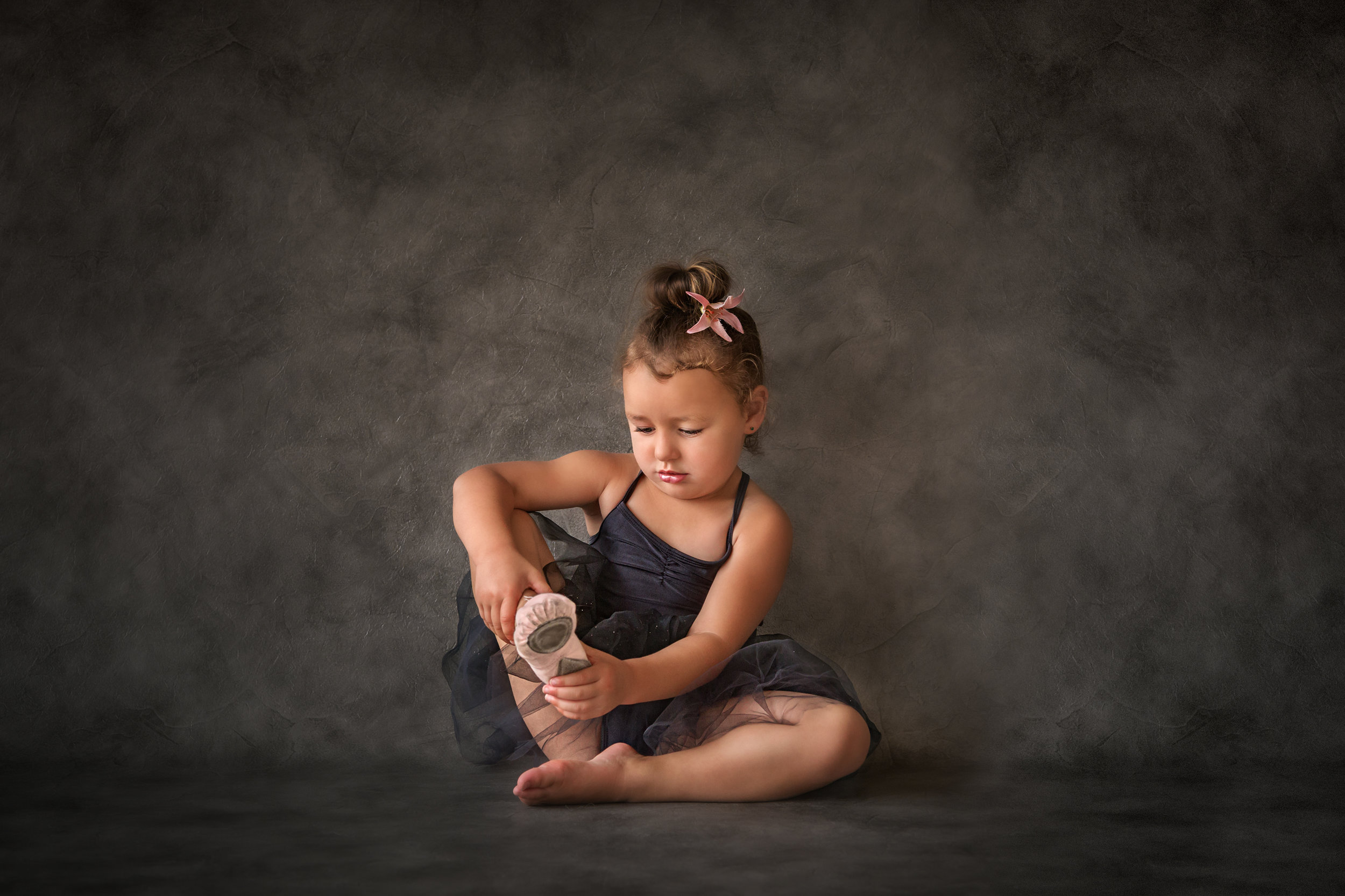 Little Ballerina, Helen Wilkin FPSNZ, George Chance Colour Print trophy and PSNZ Gold Medal for Best Colour Print