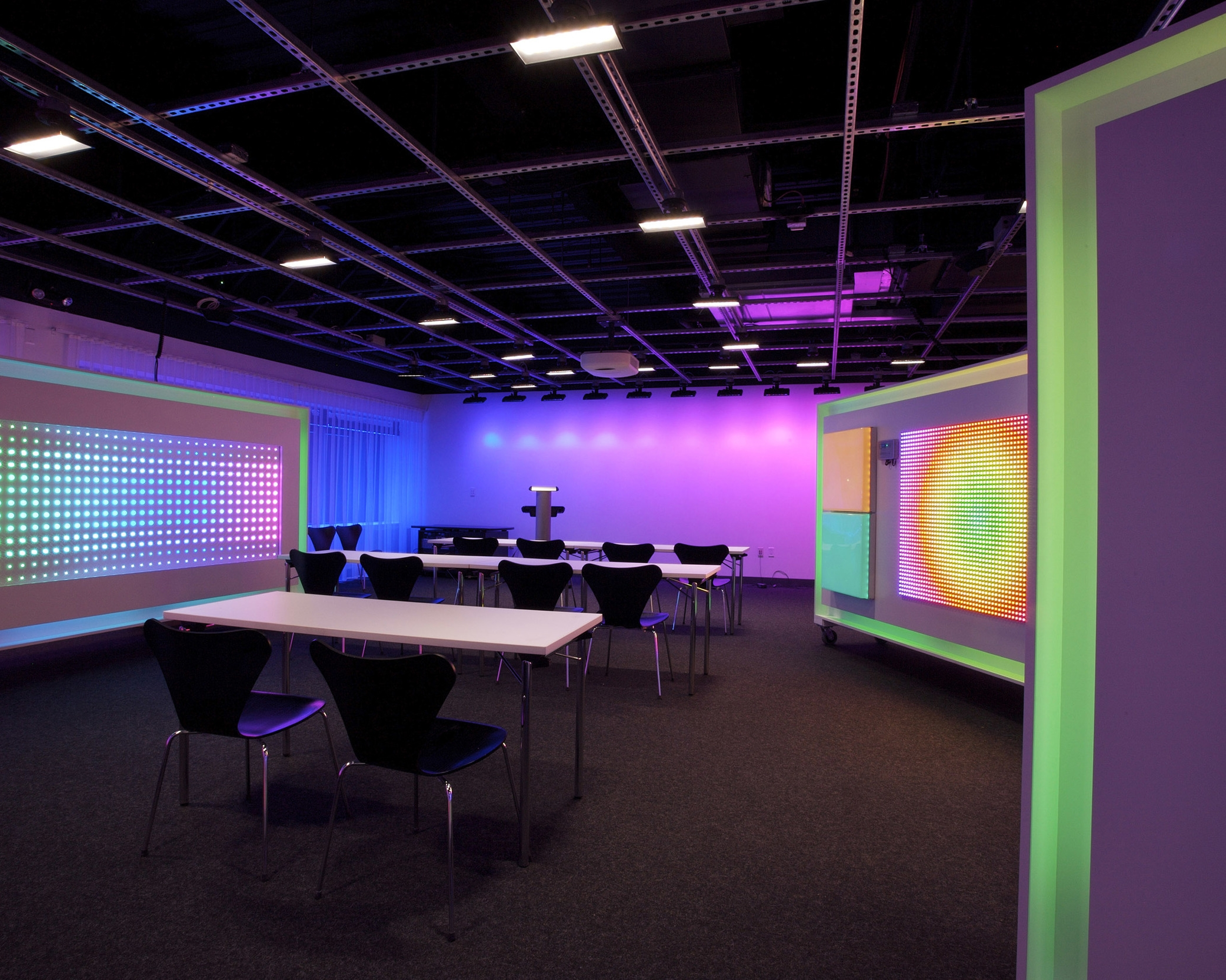 Color Kinetics Corporate Headquarters Focus Lighting