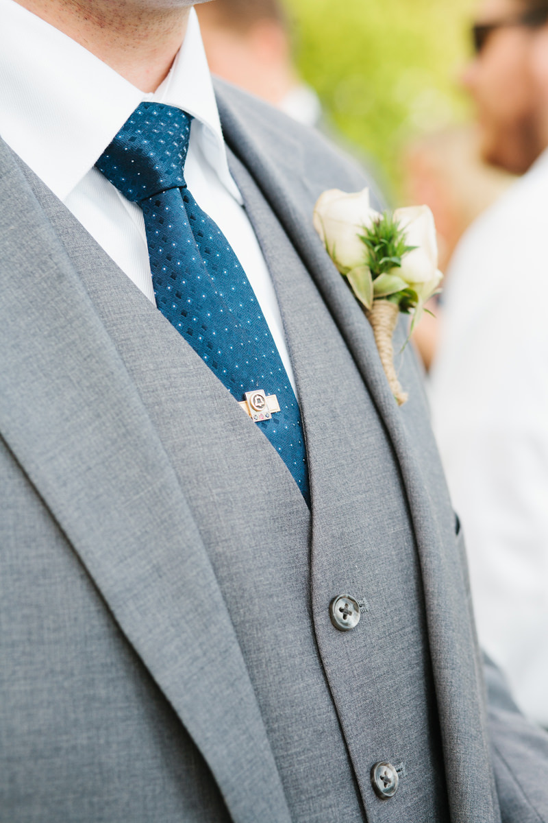Groomsmen Tie Suit Boutonniere Detail