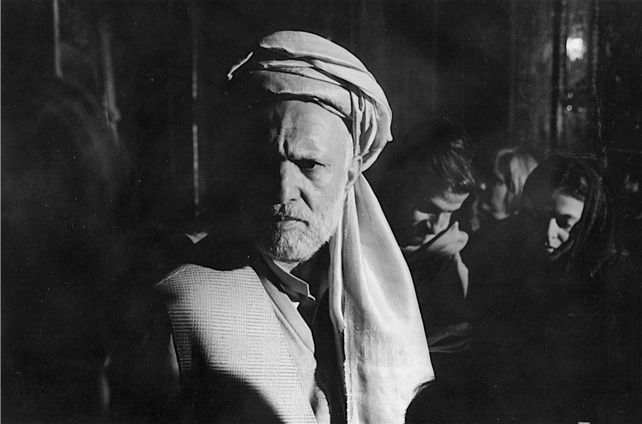 ©Ed Grazda   Haji Kadir, Jalalabad, Afghanistan Dec. 2001