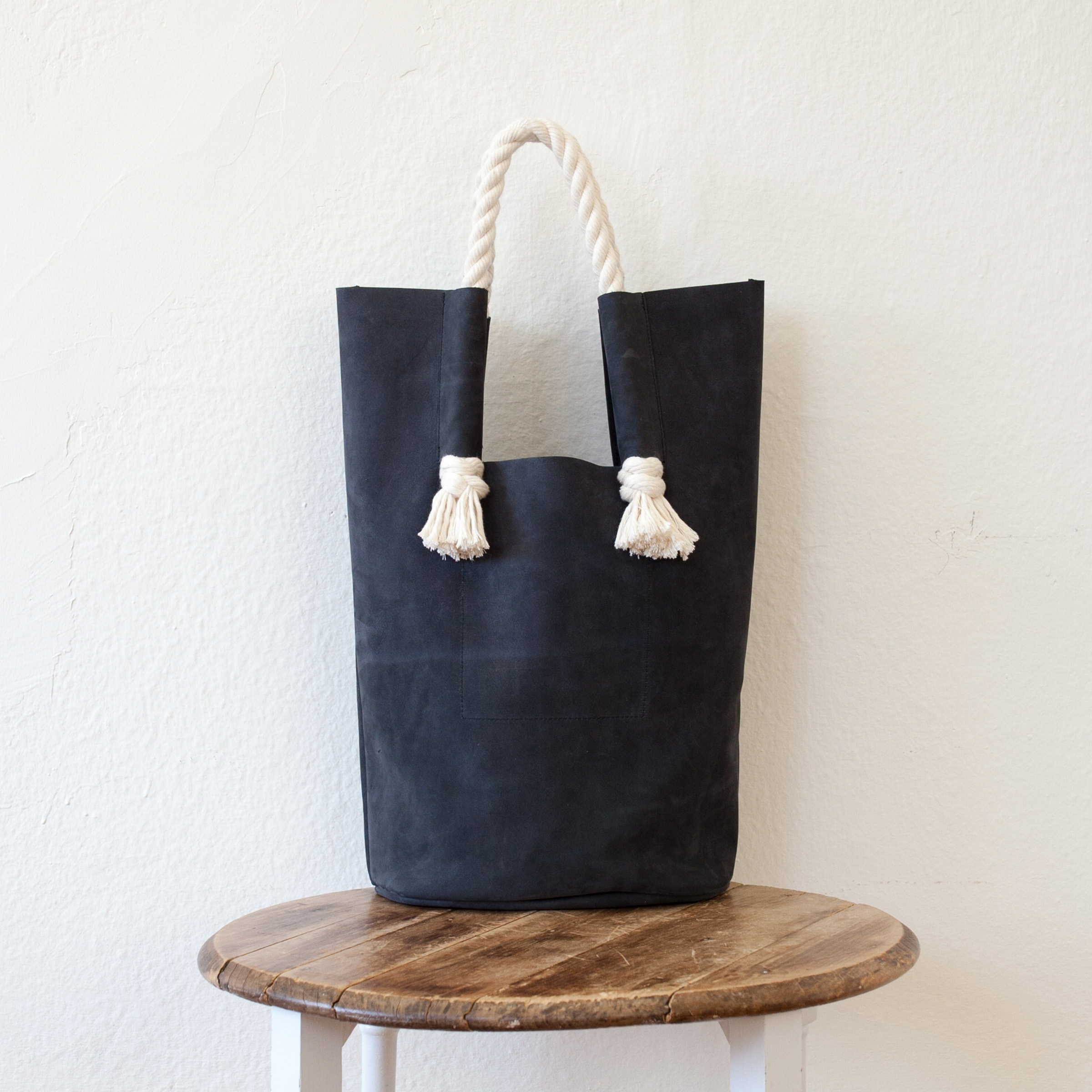 goodwestco-basket-bag-charcoal-nubuck1.jpg