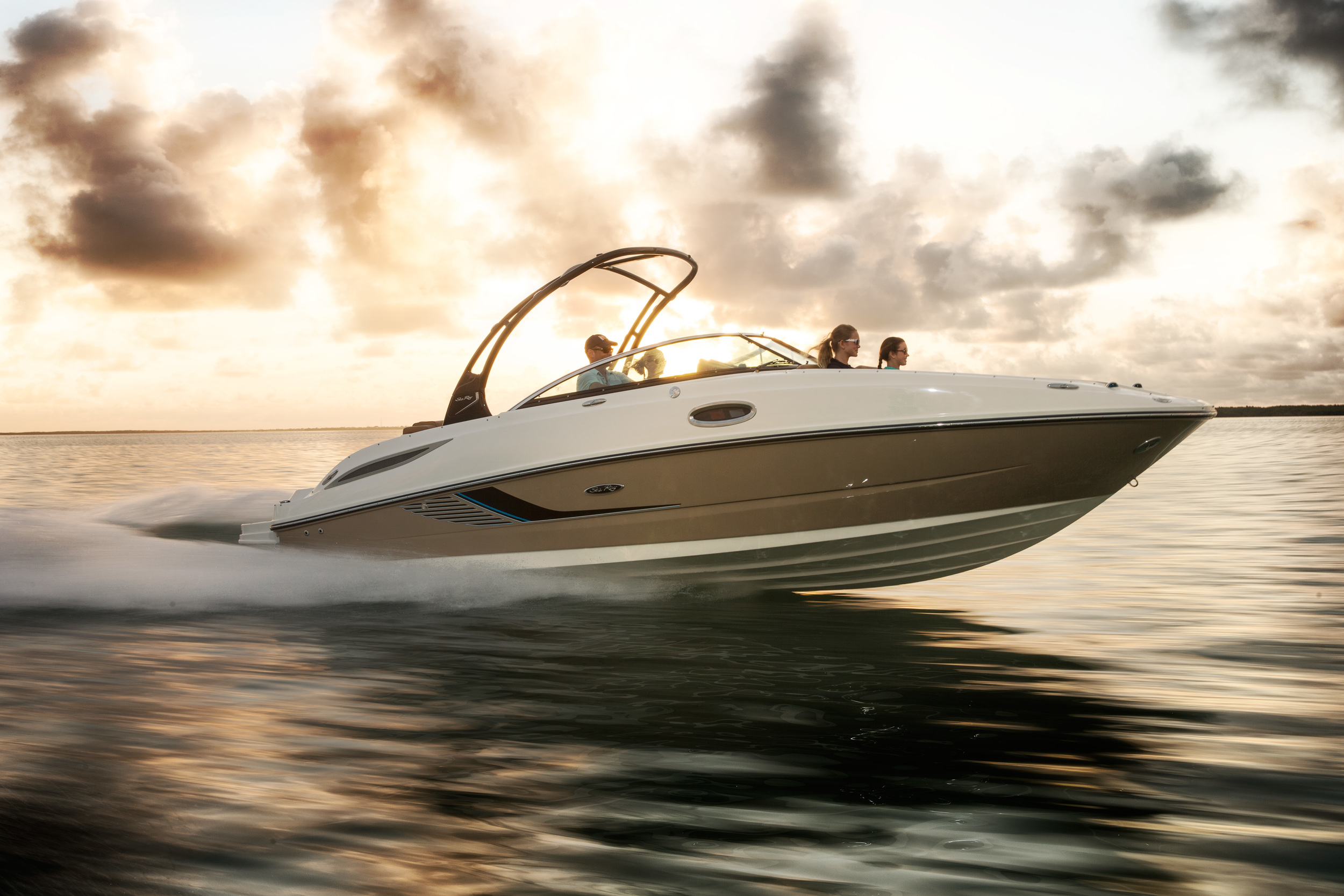 2014 Sea Ray Sundeck 260