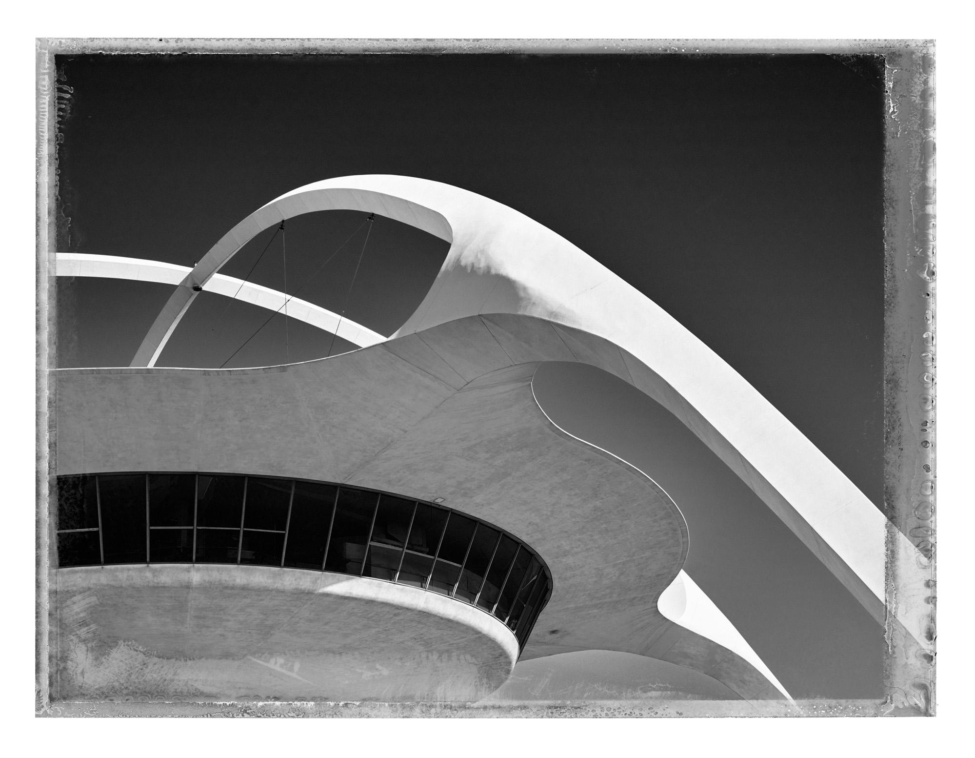 09_Theme_Building_II.jpg