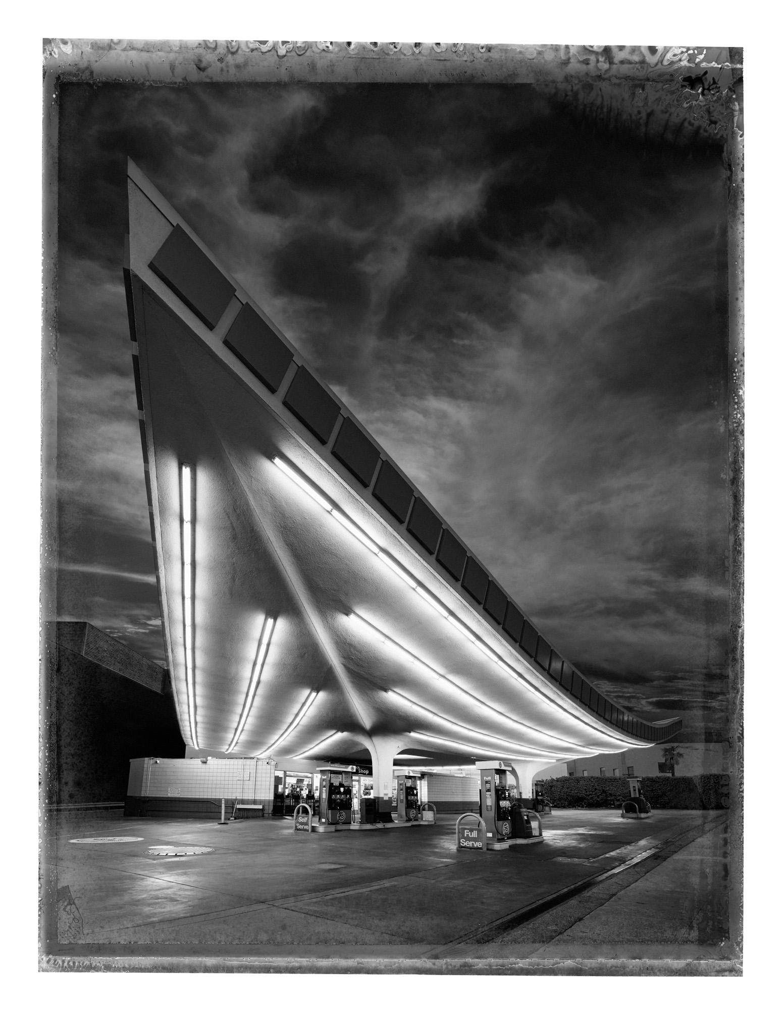 00_Frontpiece_Union_Gas_Station.jpg