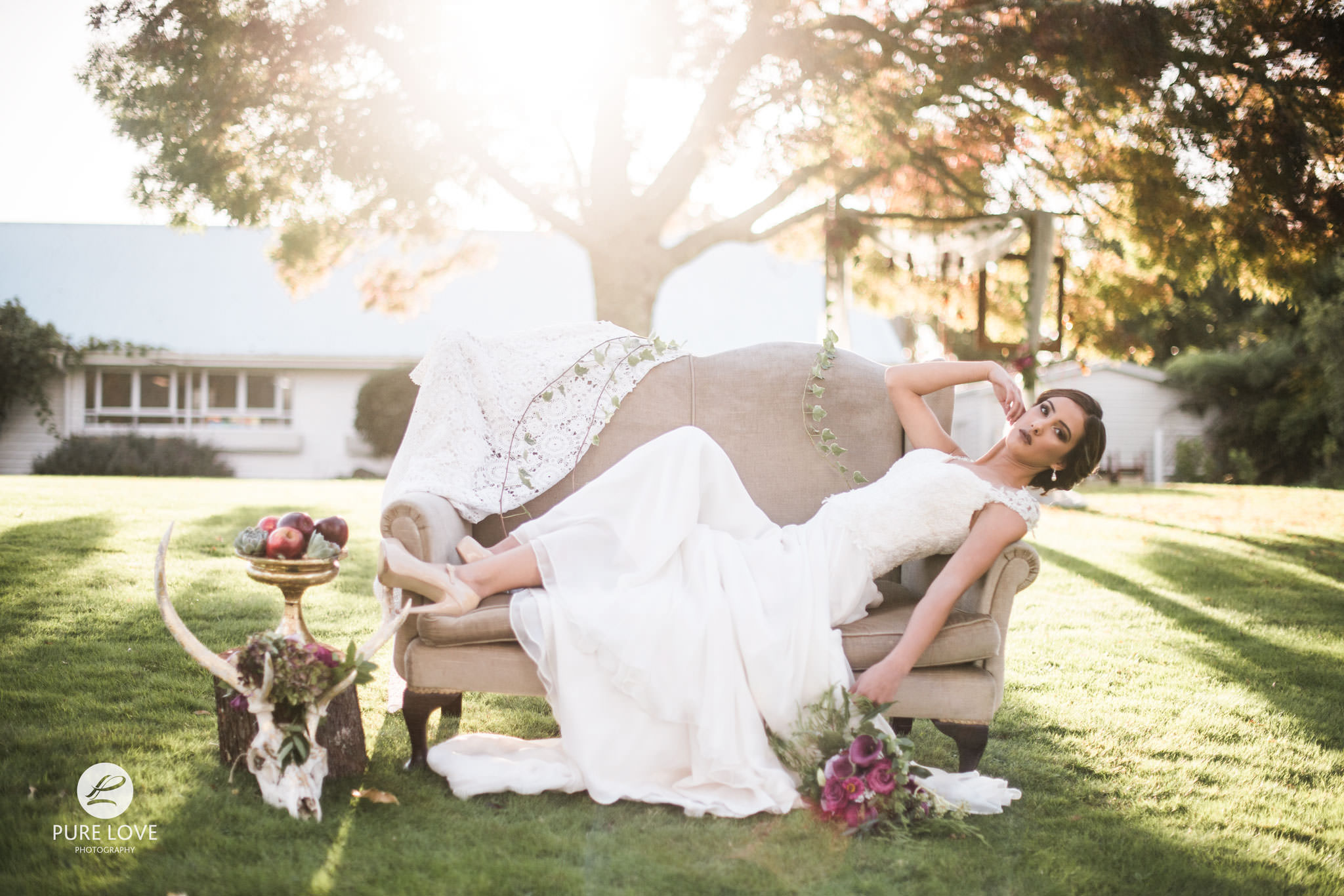 golden light wedding photography