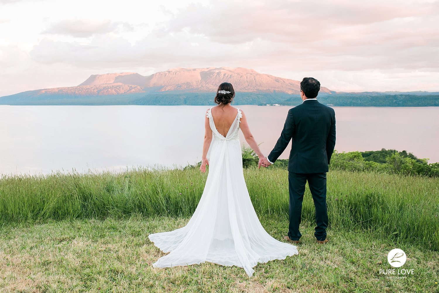 lake tarawera wedding at dawn