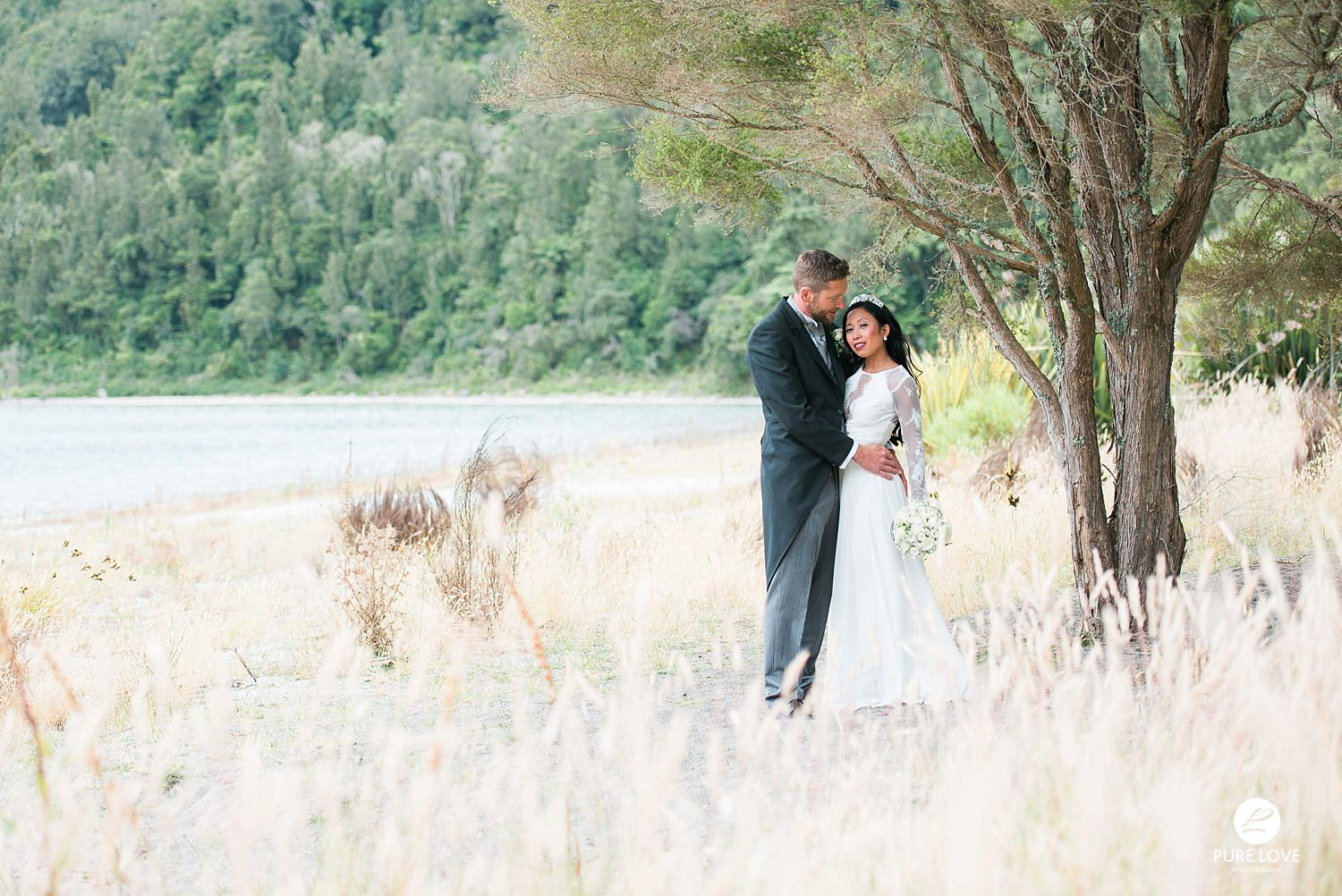 lake okataina wedding photo