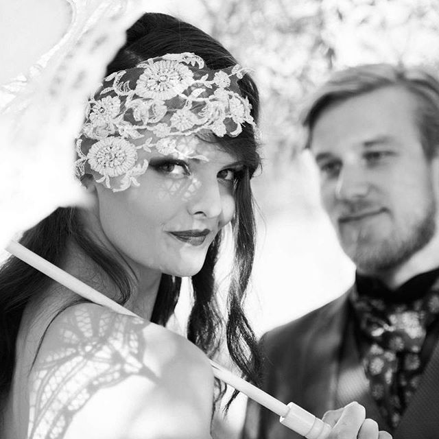 Doesn't this bride look stunning in her lace headpiece? . . #laceheadpiece #blackandwhiteweddingphoto #stunningbride #rotoruaweddingphotographer #purelovephotography
