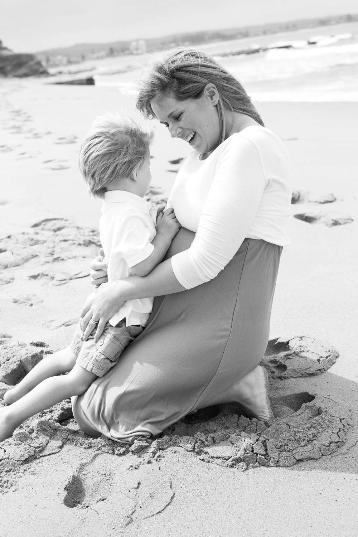 Ashley maternity shoot LR-39.jpg