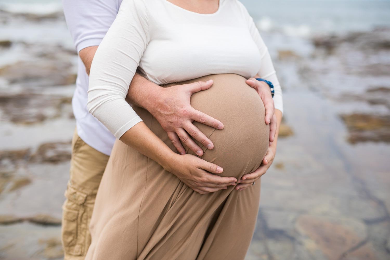 Ashley maternity shoot LR-276.jpg