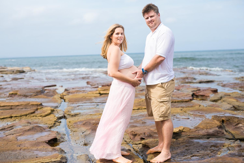 Ashley maternity shoot LR-406.jpg