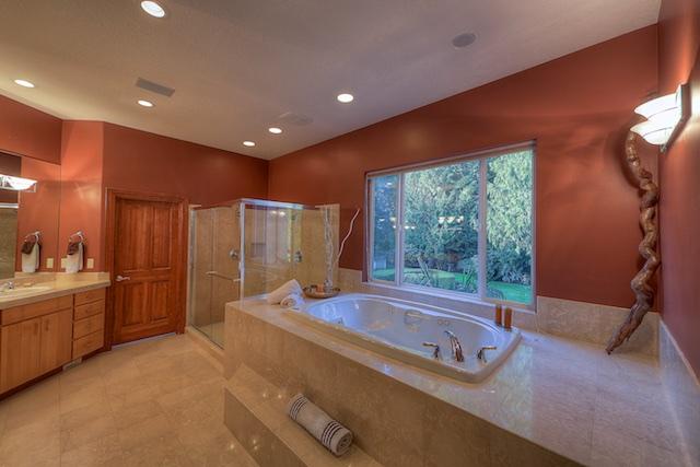 Master Tub-Shower.jpg