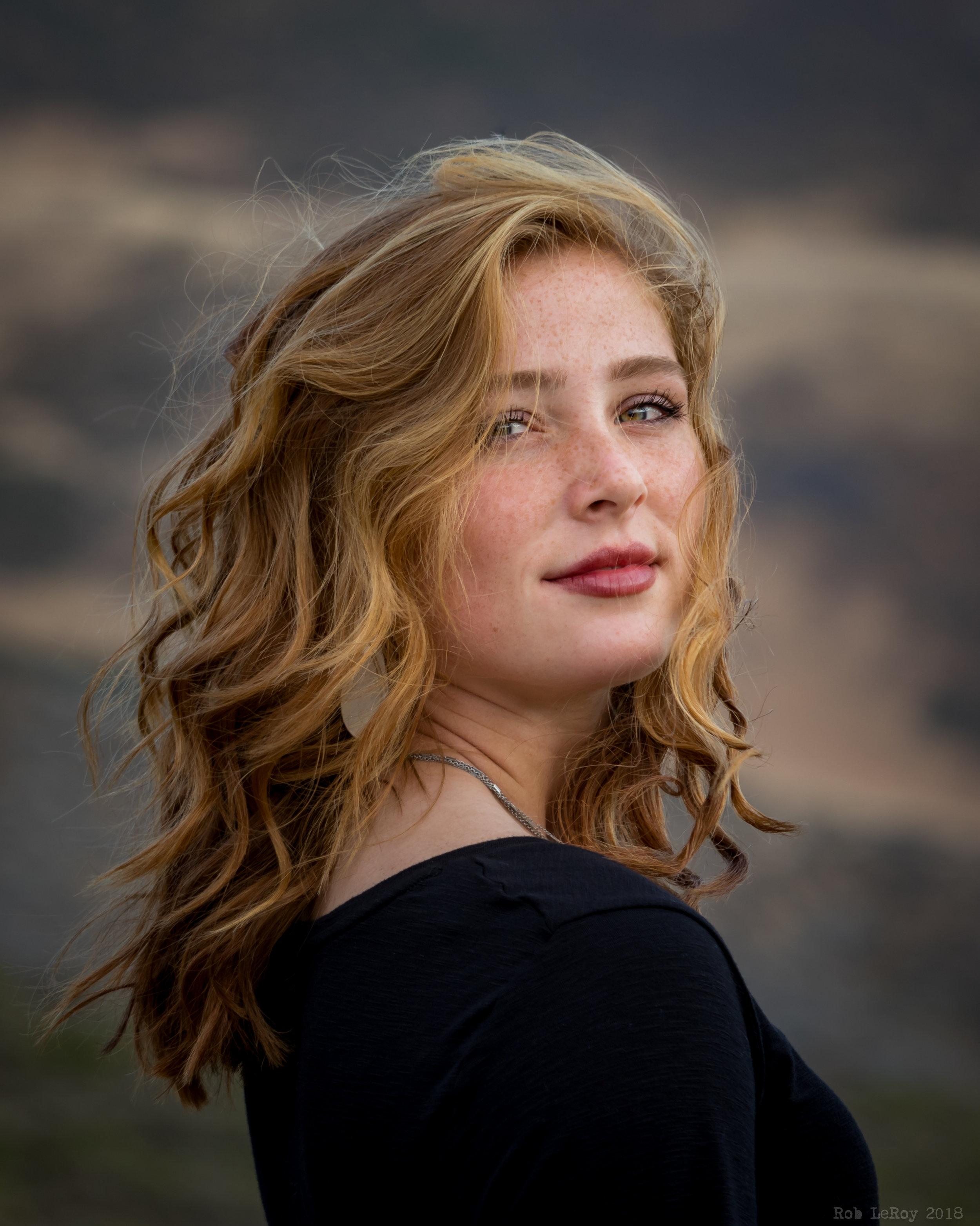 Hannah Larsh Senior Portrait.jpg