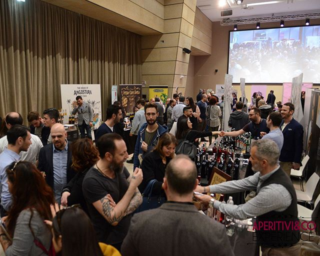 Busy moments at #aperitiviexperience