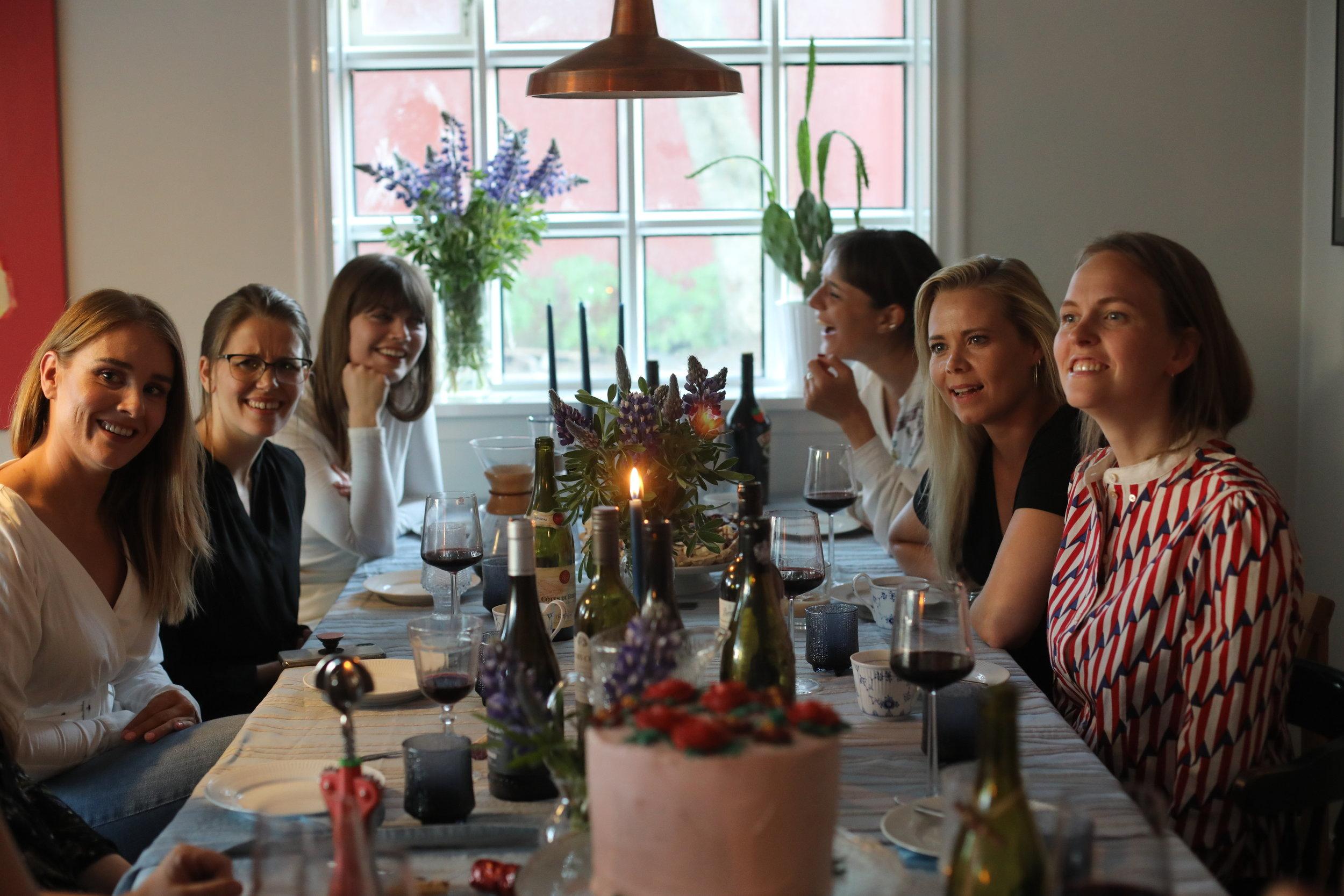 afmæli-birthday-bestie-friends-dinner-dinnerparty