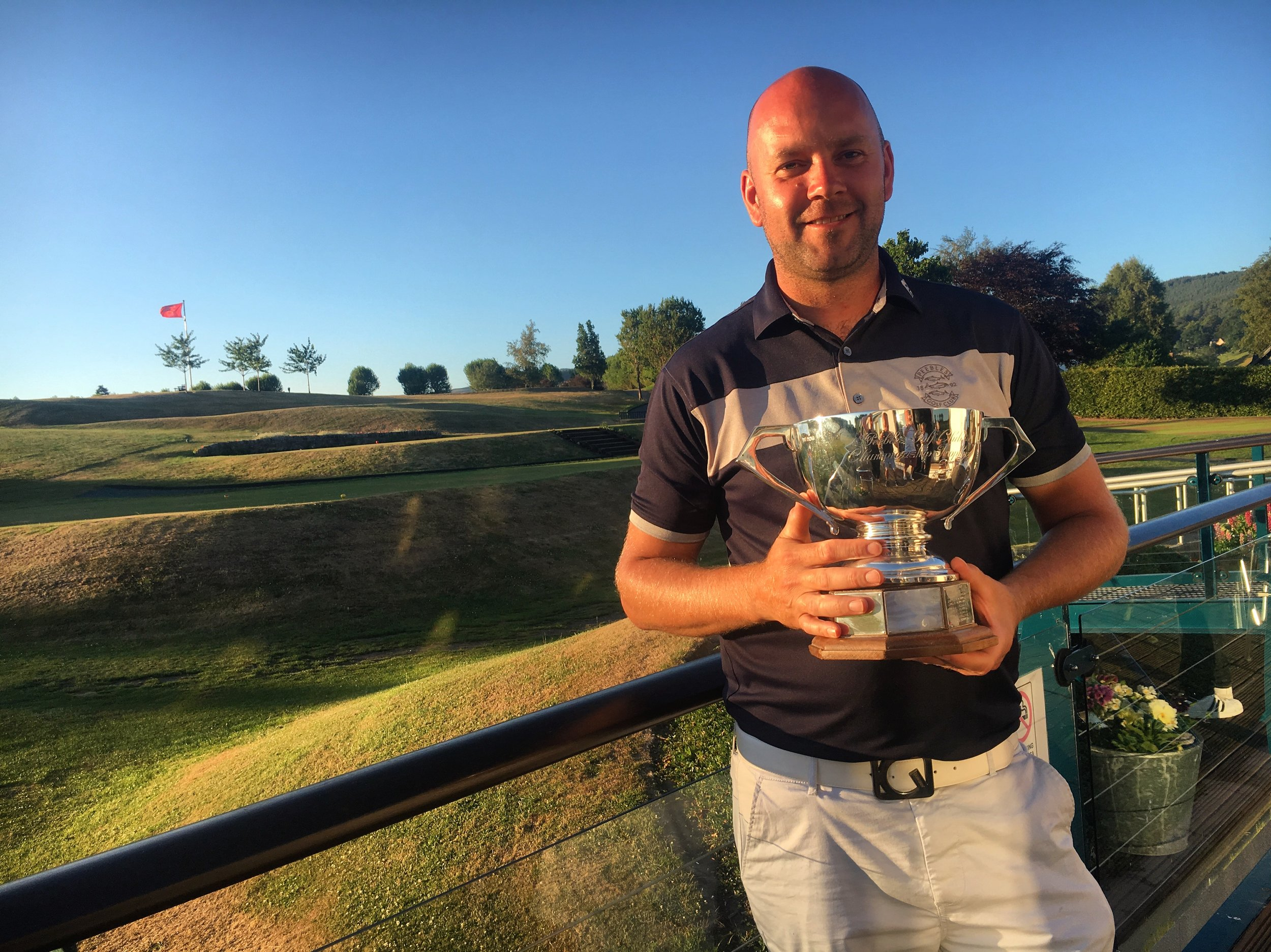 Club Champion Jamie Morris.jpg