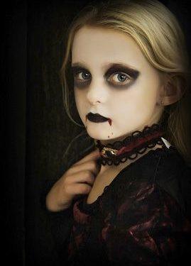 maquillaje-halloween-vampiresa-269x375.jpg