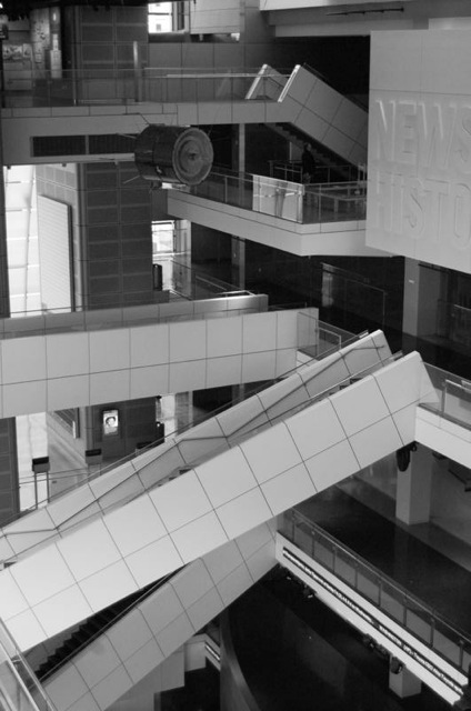 Newseum Architecture 2.jpg