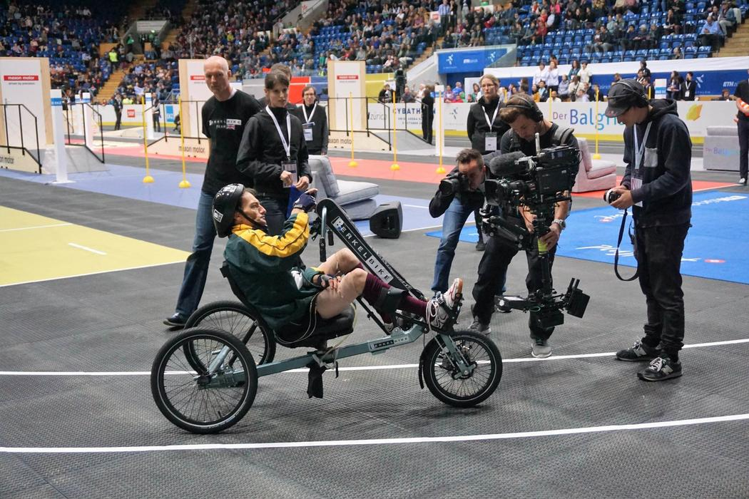 A competitor on a Functional Electrical Stimulation Bike. Credit: Brian Blickenstaff