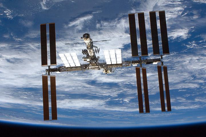 Weltraum-Satellit