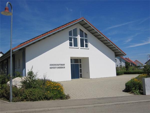 Gemeinschaftshaus Hofstett Emerbuch.jpg