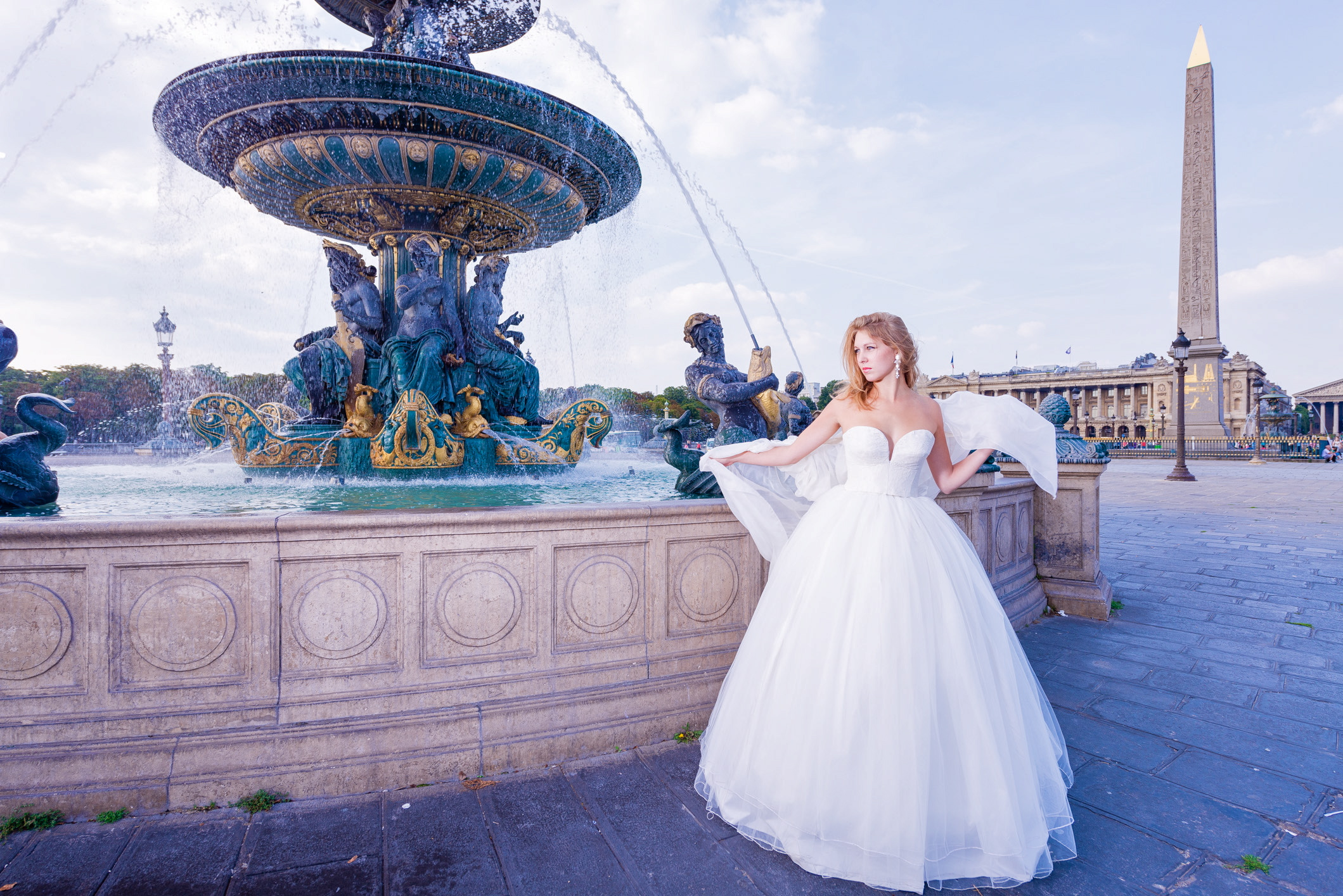 Robe de mariée Anastasia tulle et dentelle de Calais. Crédit photo : J&T PHOTO PARIS