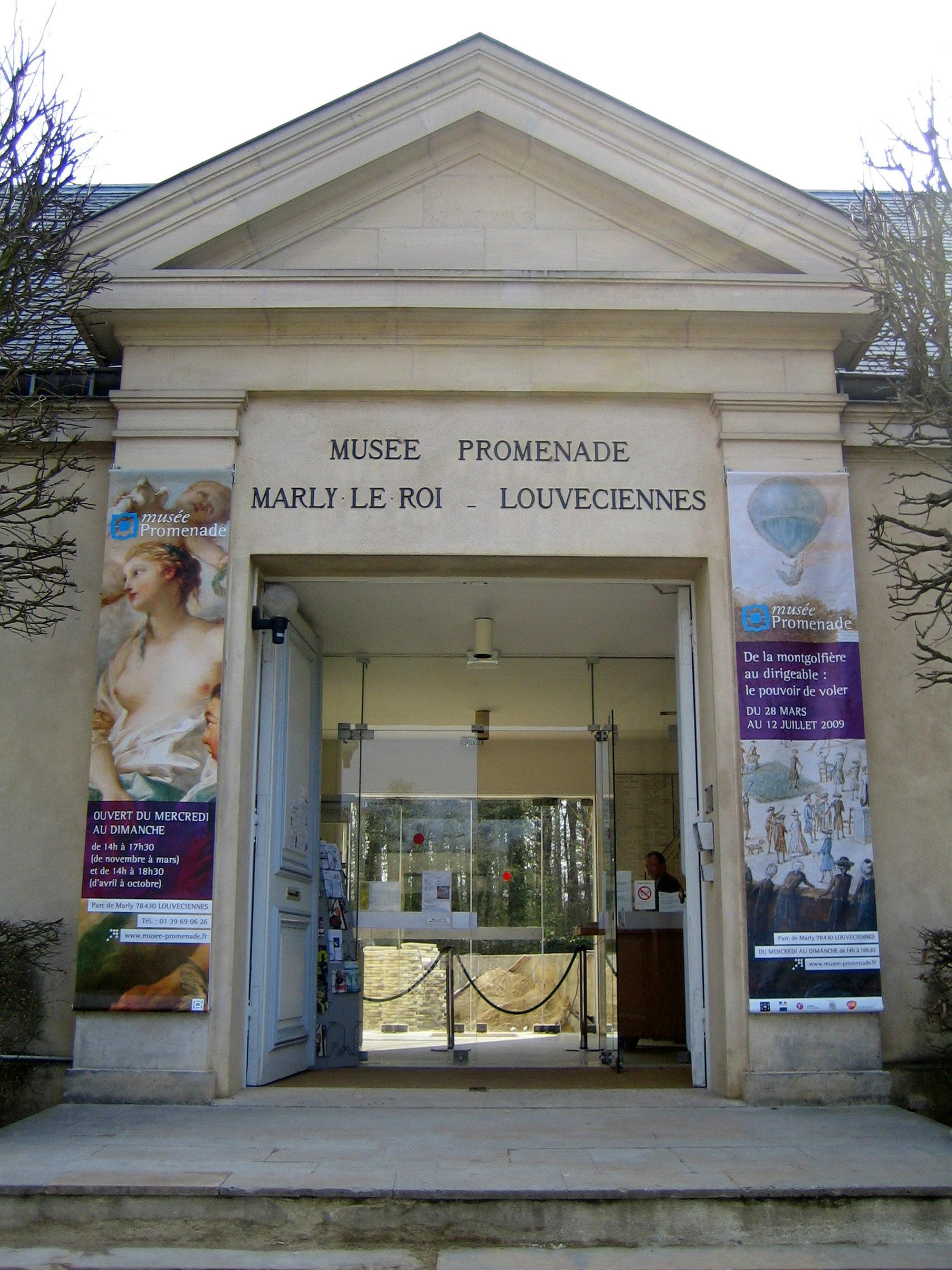 Défilé au Musée Promenade de Marly-le-Roi - Louveciennes