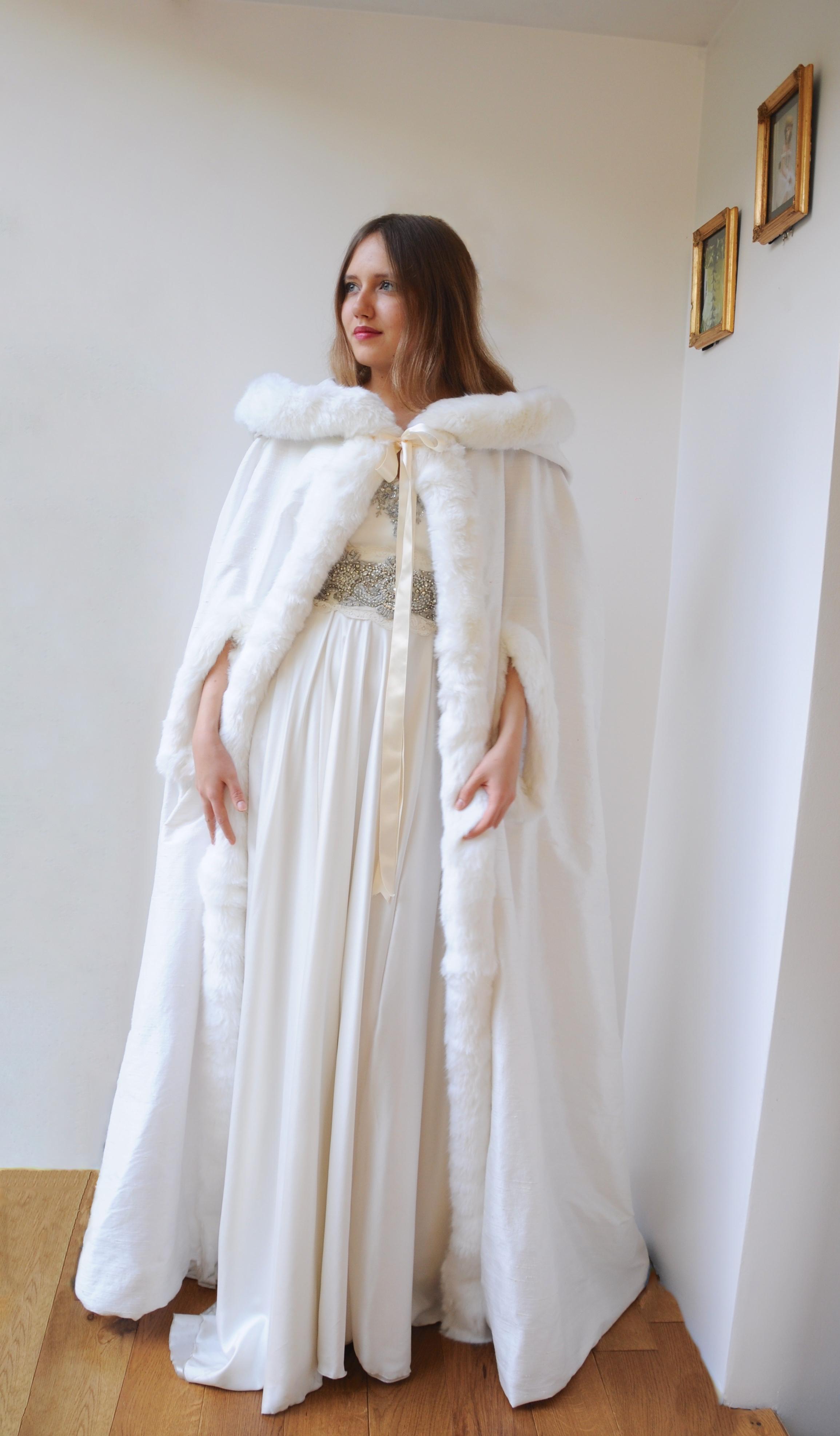 Cape en soie doublée laine polaire Agnes Szabelewski.jpg