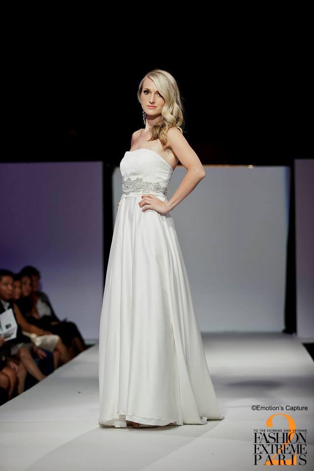 Robe de mariée Bustier Argent 2 - Agnes Szabelewski.jpg