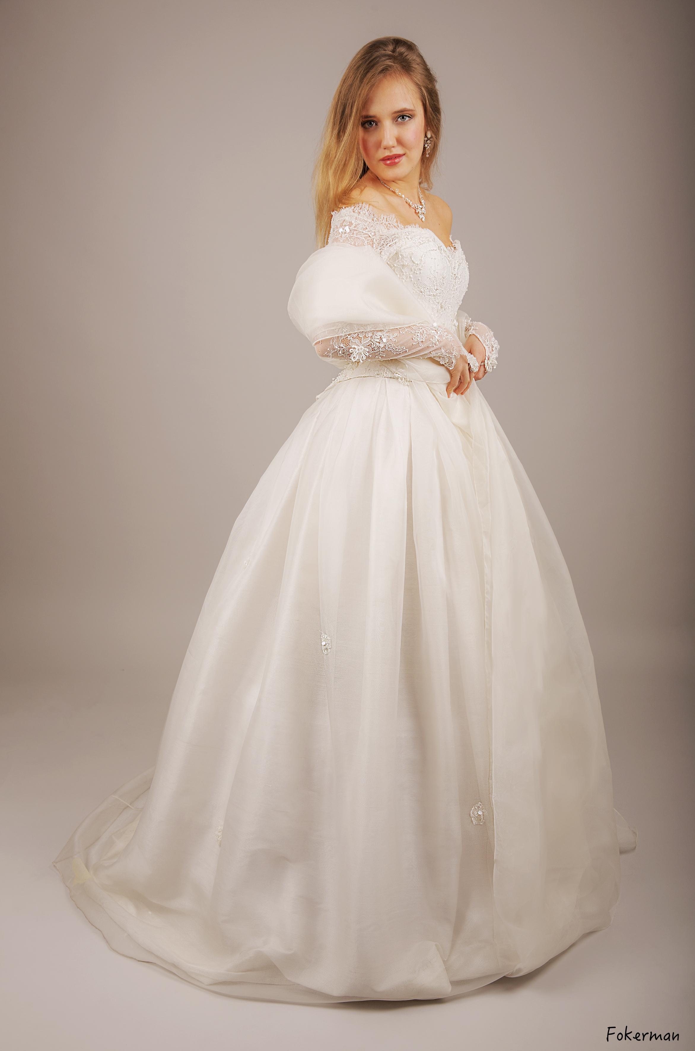 Robe de mariée Joanna Soie étole organza de soie Agnes Szabelewski.jpeg