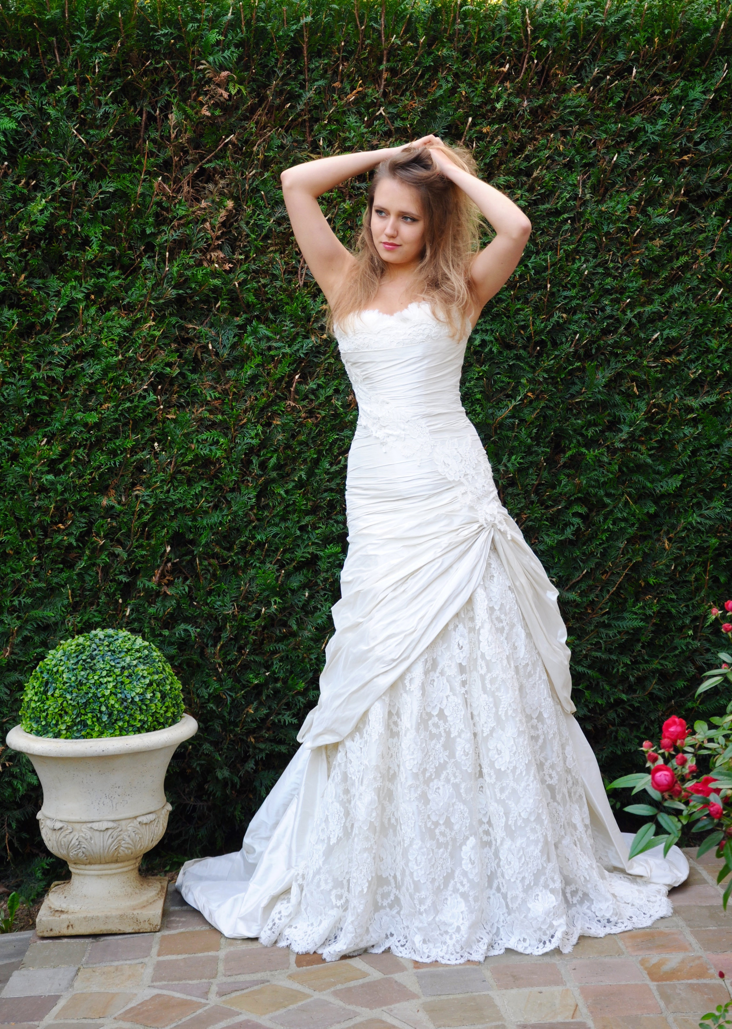 Robe de mariée Sirène drapée - Agnes Szabelewski.jpg