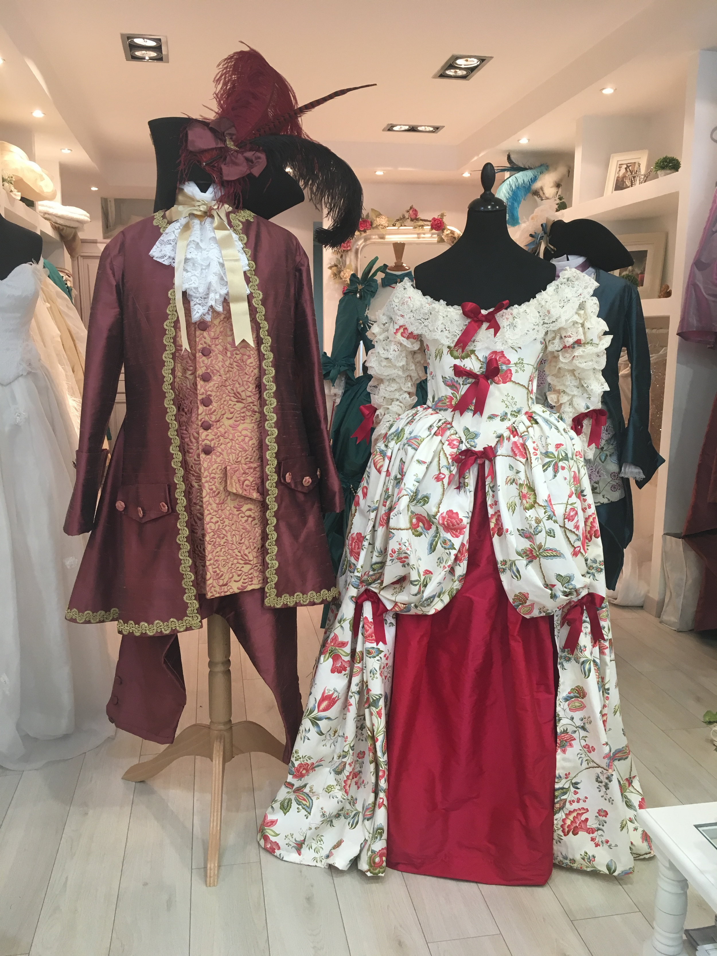 Costumes XVIIIe siècle Agnès Szabelewski.jpg