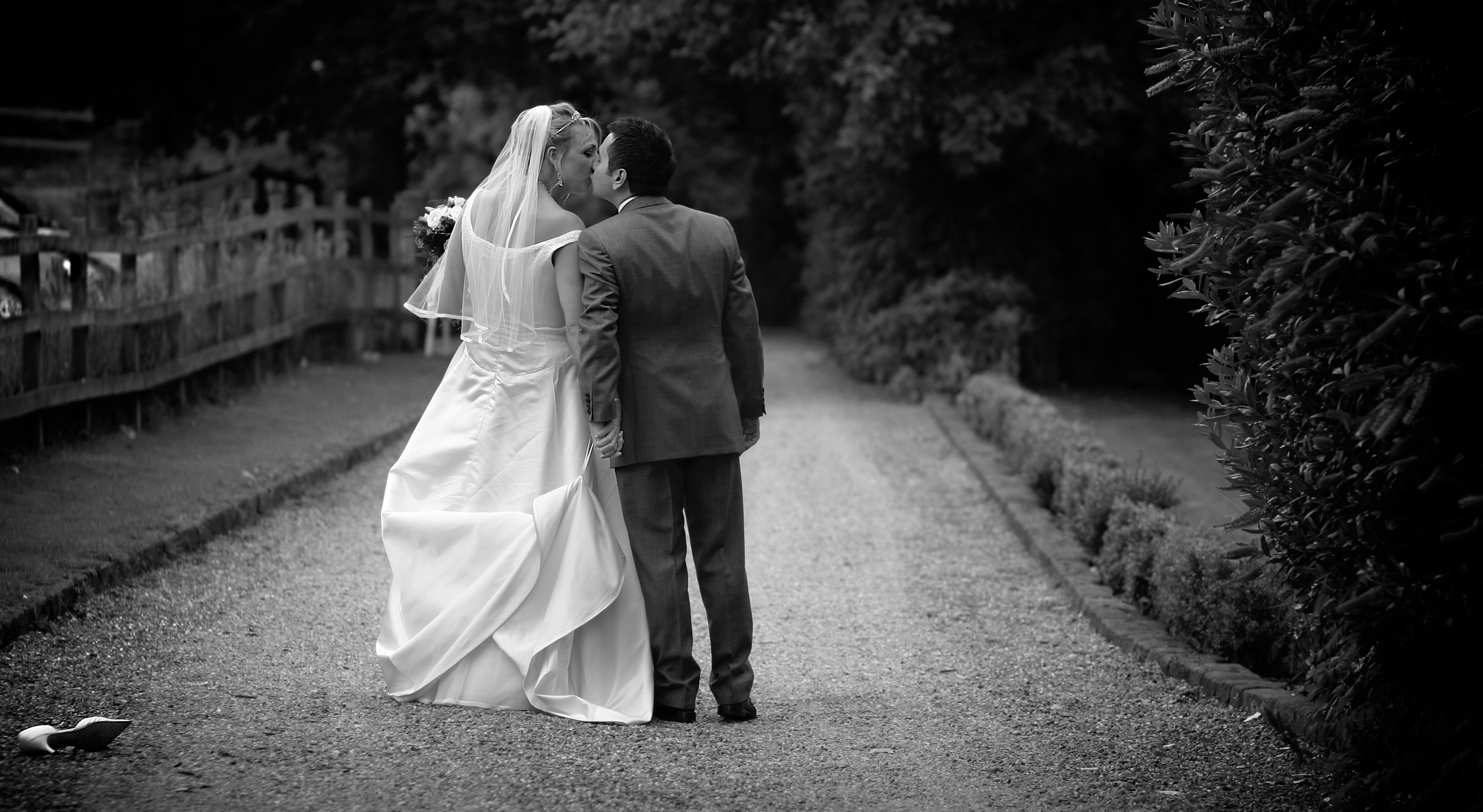 The Cinderella Bride. Suzanne & Dan walking down the lane together.  ©  Wedding Photography by Vivid Confetti
