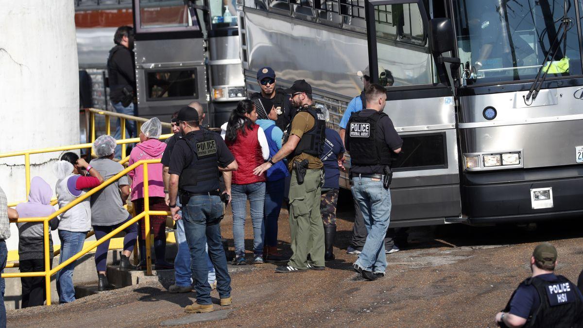 https---cdn.cnn.com-cnnnext-dam-assets-190807233827-02-mississippi-immigration-raids-children-0807.jpg