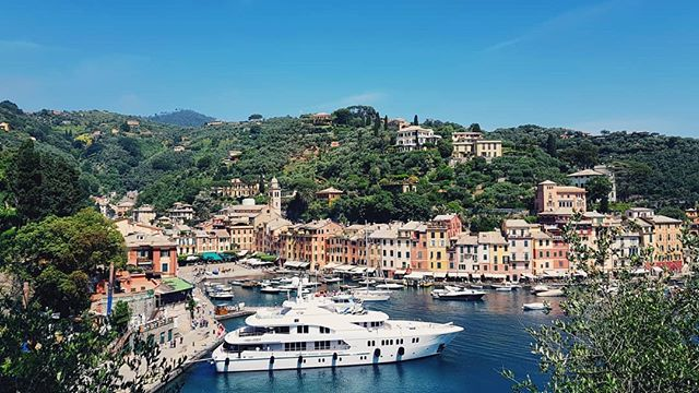 "📍 Portofino, Italy 🔴 while listening to "" Love in portofino "" by "" Andrea Bocelli "" 🎵🎵🎵🎵🎵🎵 🔴"