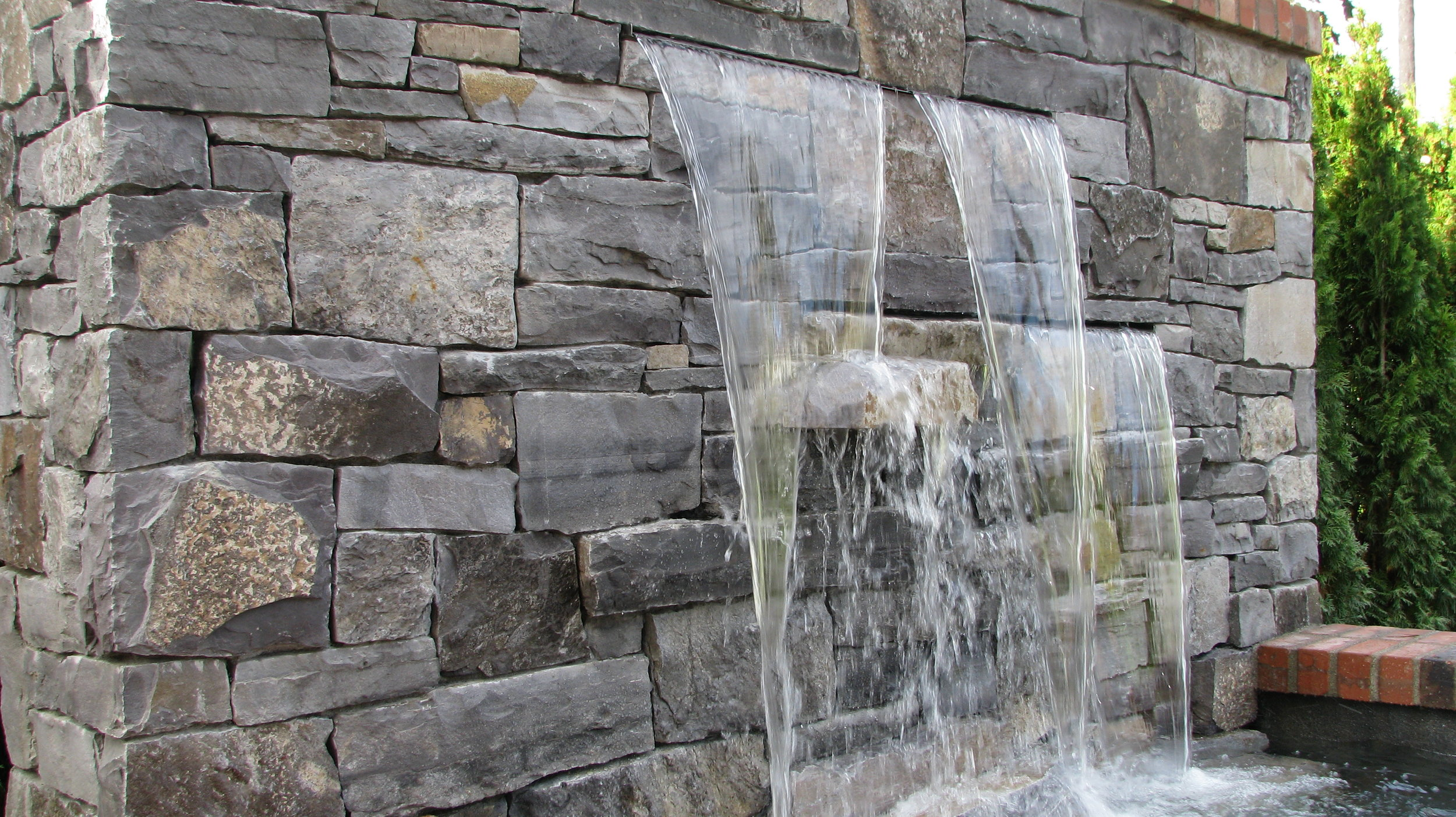 waterfeature5.JPG