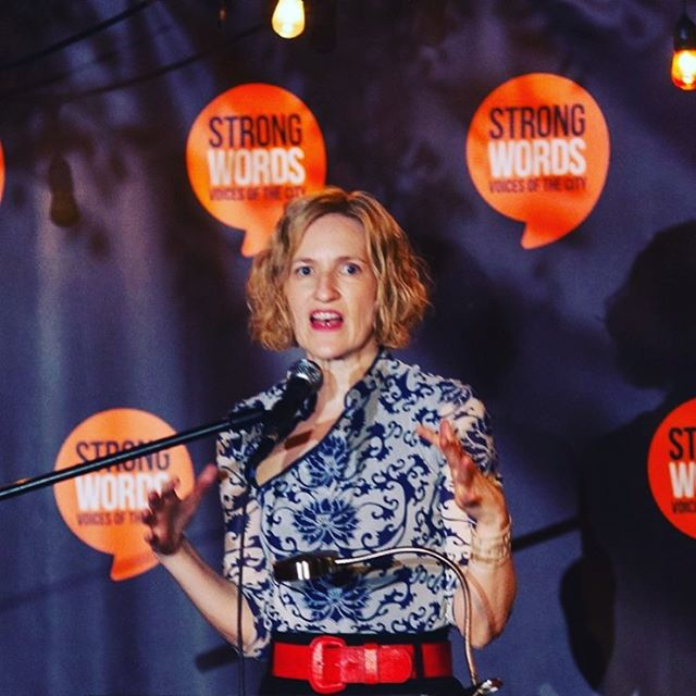 #performing a short something at #StrongWords last night in #atwatervillage Strong Words is a storytelling community extraordinaire rooted in Silver Lake's #lbgtq community. What a privilege to laugh with everyone. . . . #artistlife #storyteller #writer #losangelesrocks #allthestoriesaretrue #lifework #saturdayfun