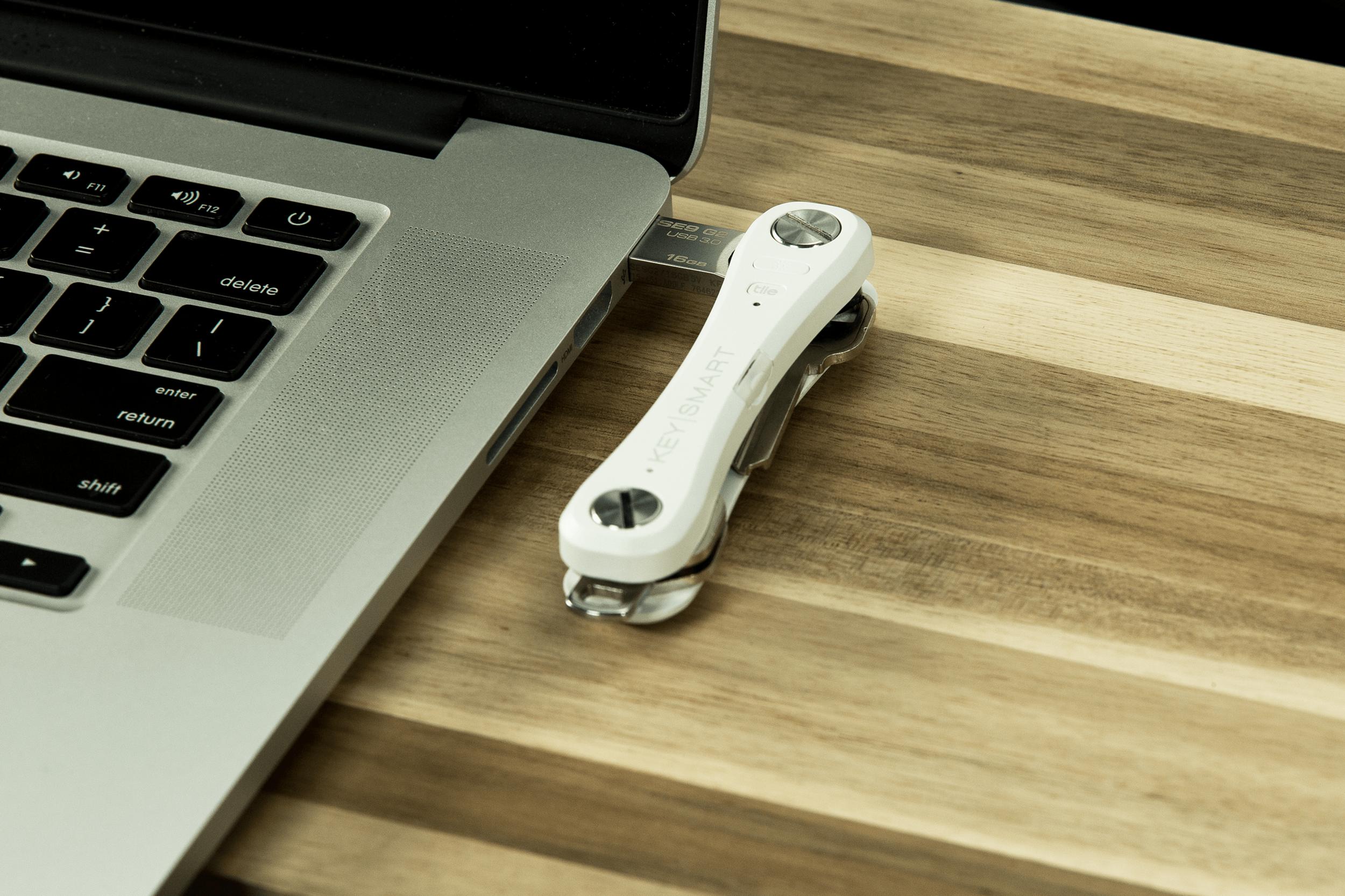 KeySmartPro_USB@1x.png