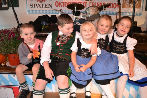 2011 Oktoberfest Sunday GTV Children.JPG