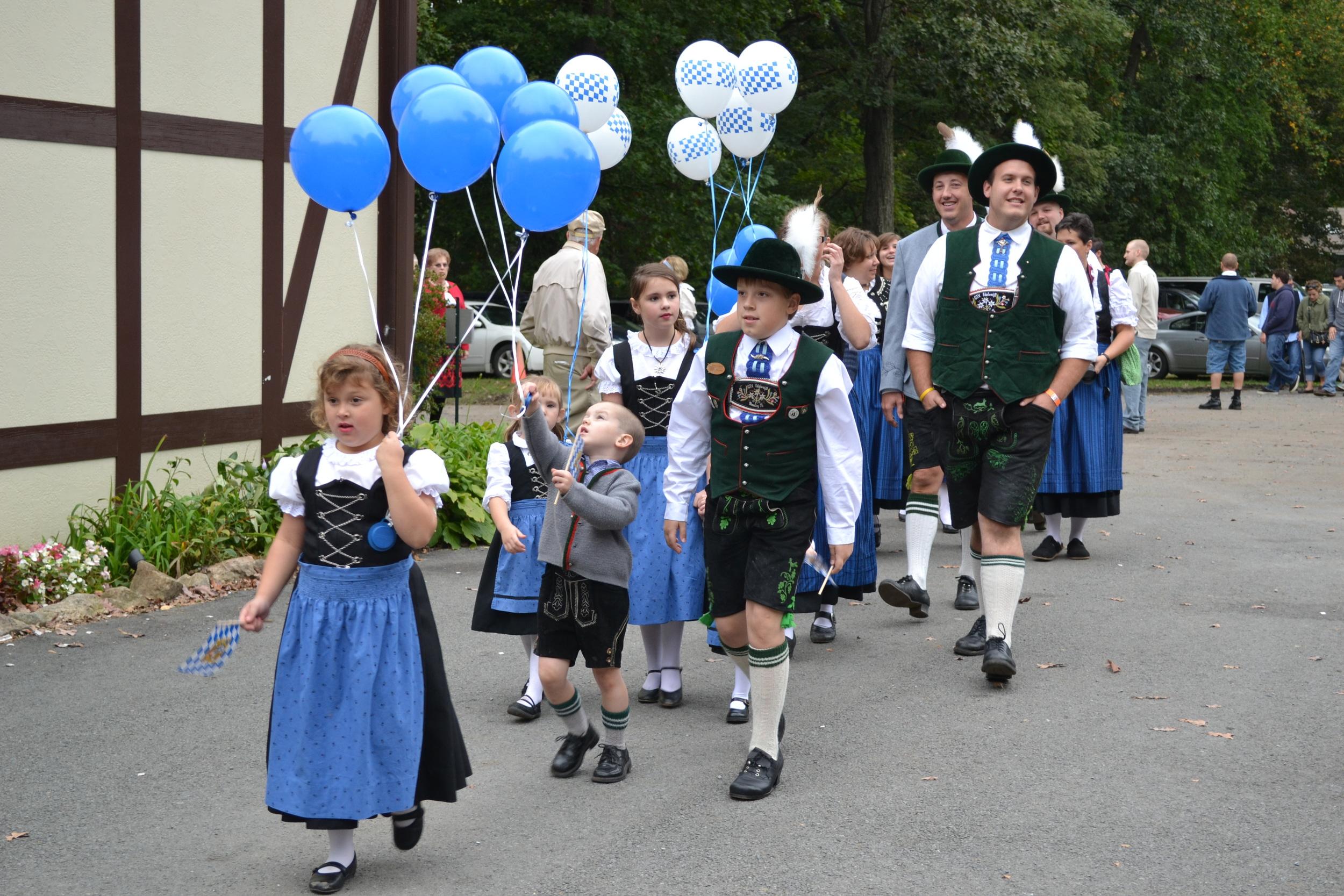 Oktoberfest Parade (2).JPG