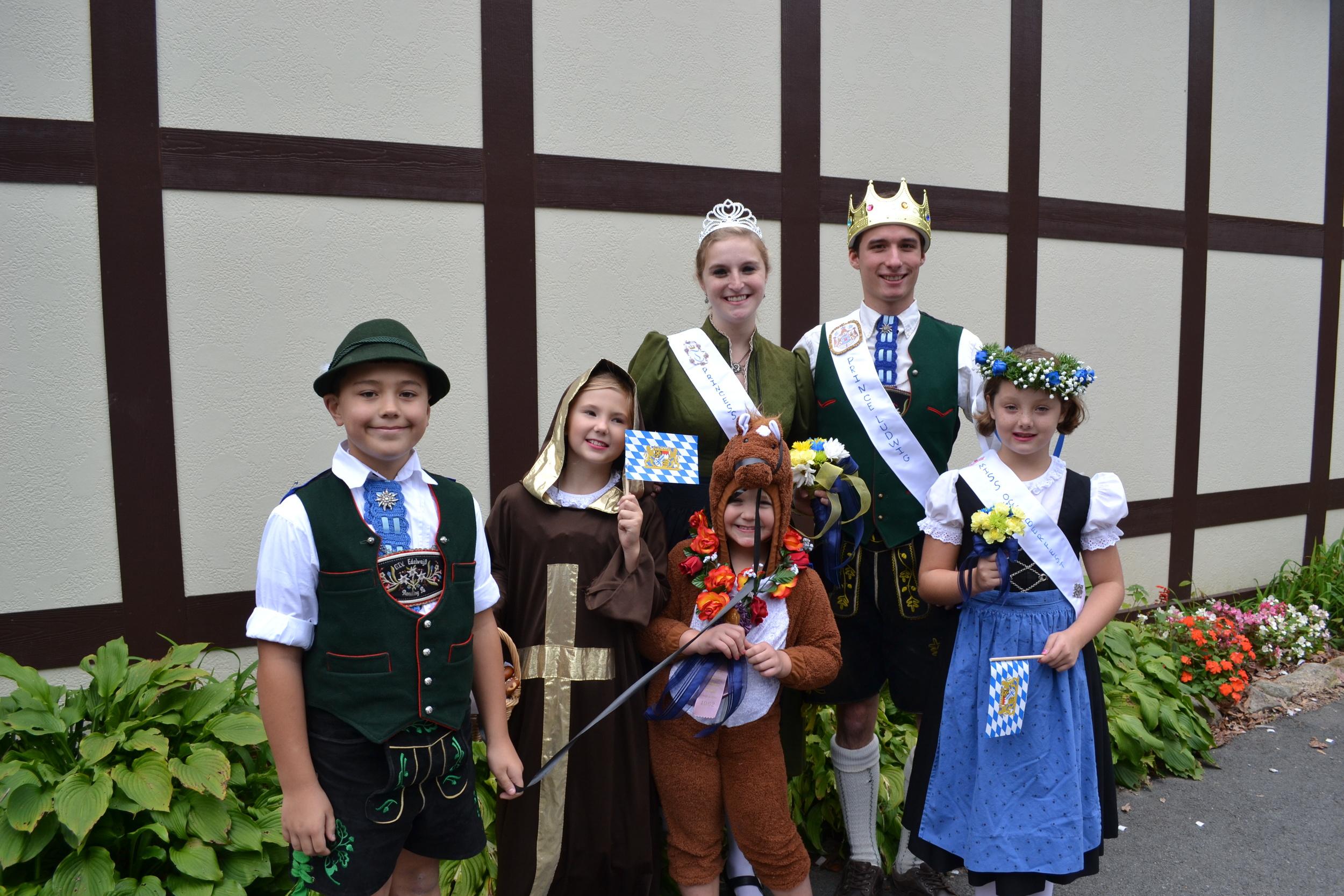 Oktoberfest Parade (3).JPG