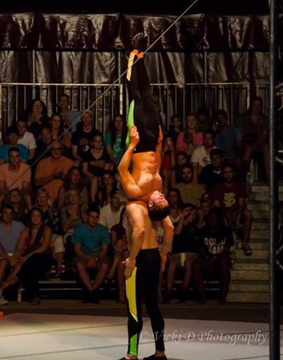 Dan Circus (1).jpg
