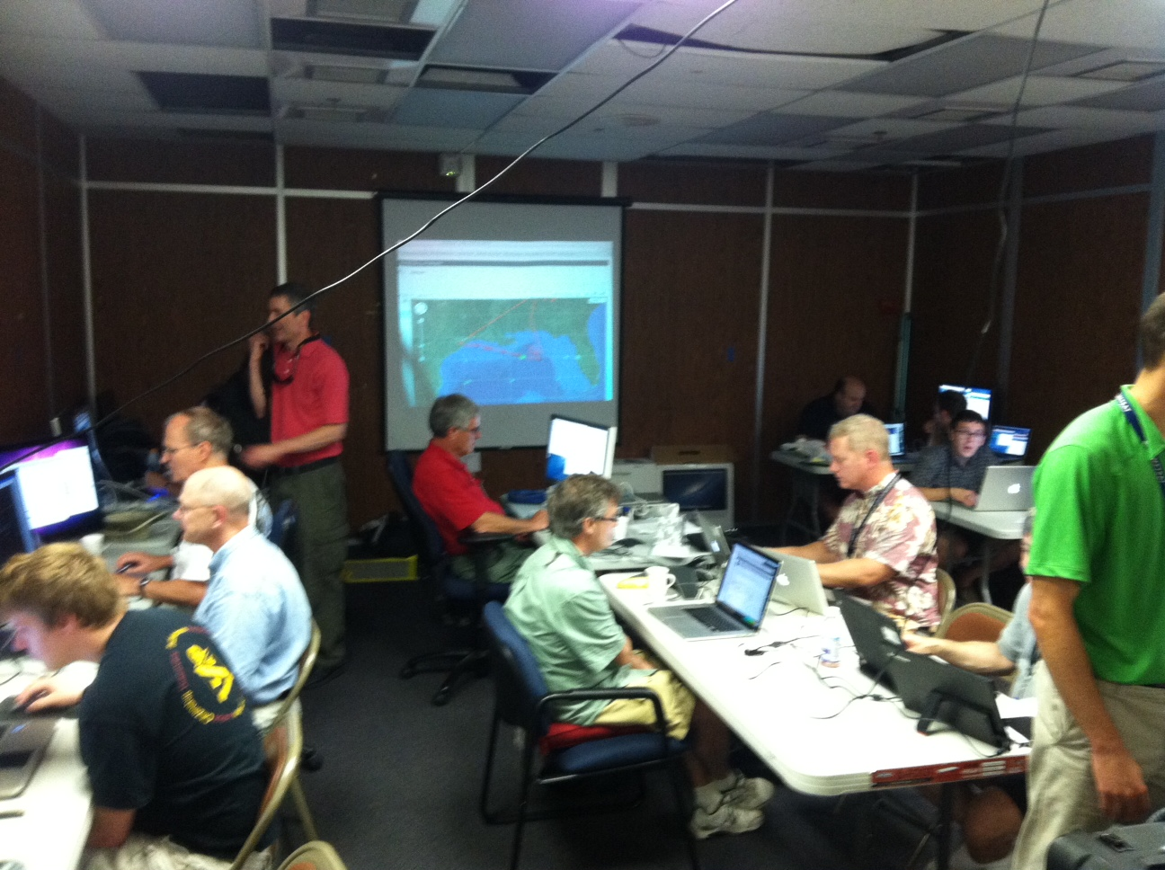 Sean (in his Phi Eta Sigma shirt; bottom right) working to give weather updates to airplanes in flight during SEAC4RS