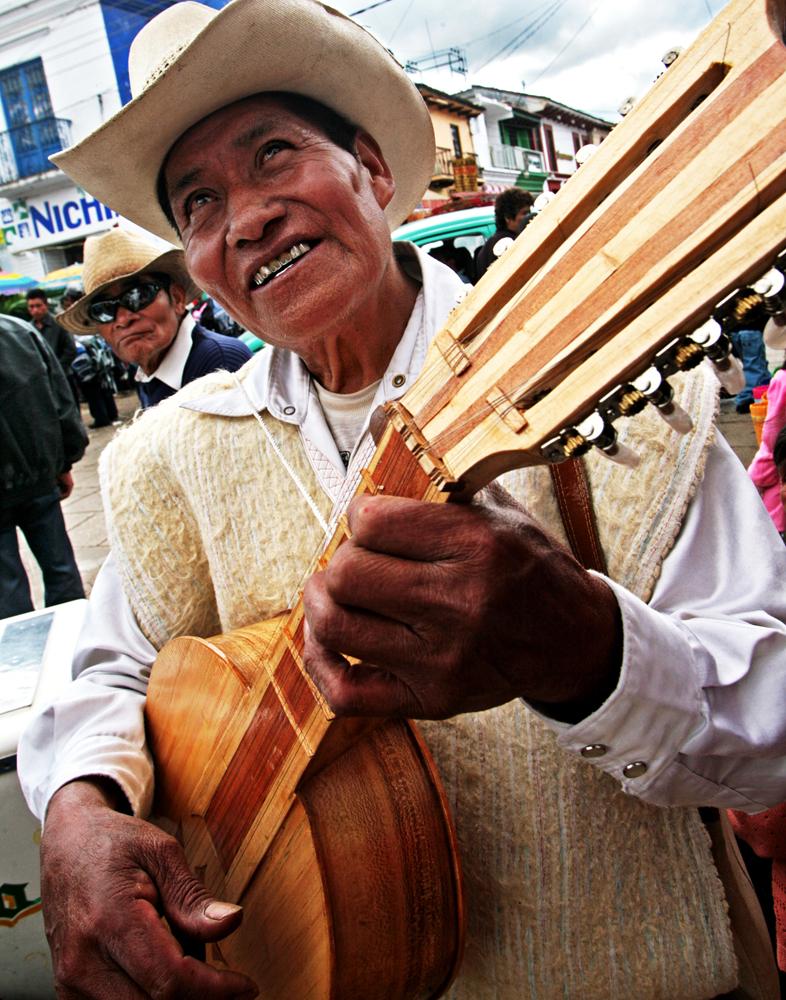 Guitar Maker, Chiapas