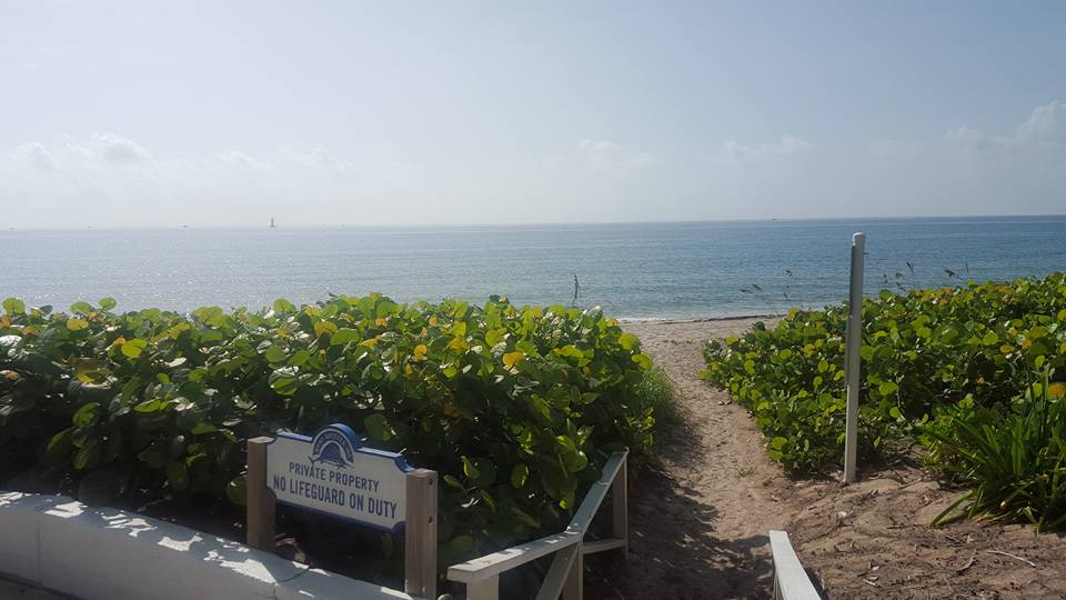 Briny breezes Beach Entrance.jpg