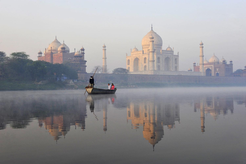 AE_India_Agra_1761 flat.jpg