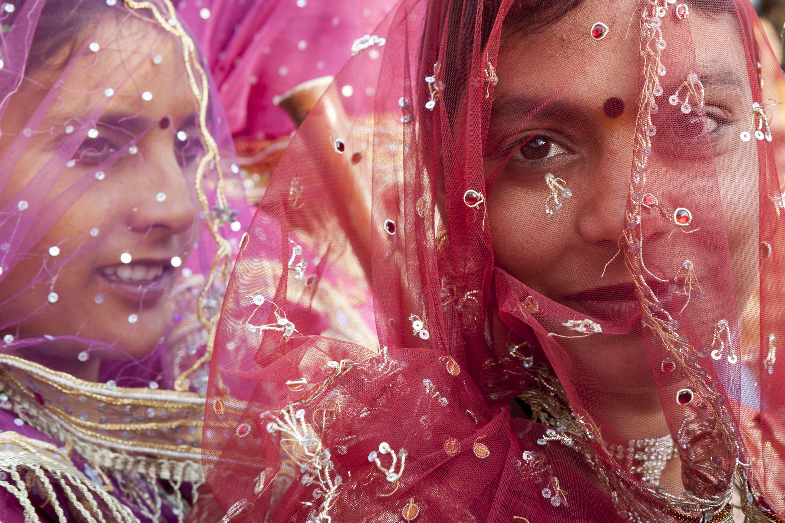 AE_India_Holi_1556.jpg