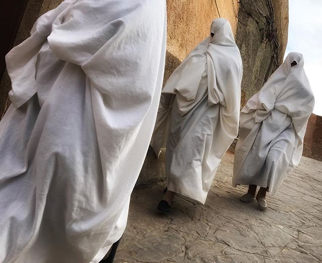 Ghostly Ghardaia where the women watch with one eye.. #Algeria #Algiers #amazingplaces #women #womensrights #culture #photooftheday #urbanlandscape #cityscape #iPhone7 #urban #dailylife