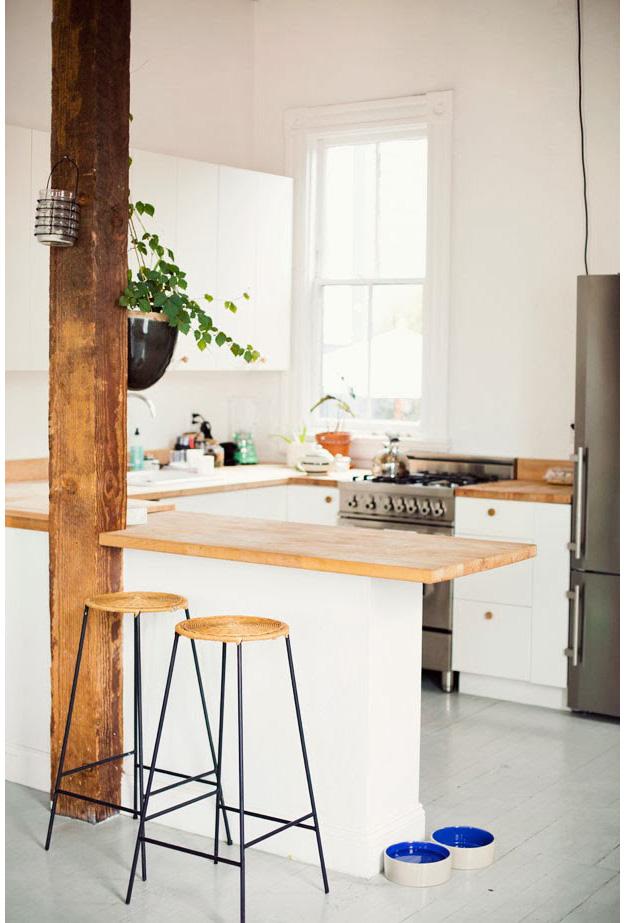 Courtney Klein's home. Photo by Ann Street Studio via  Sycamore Street Press