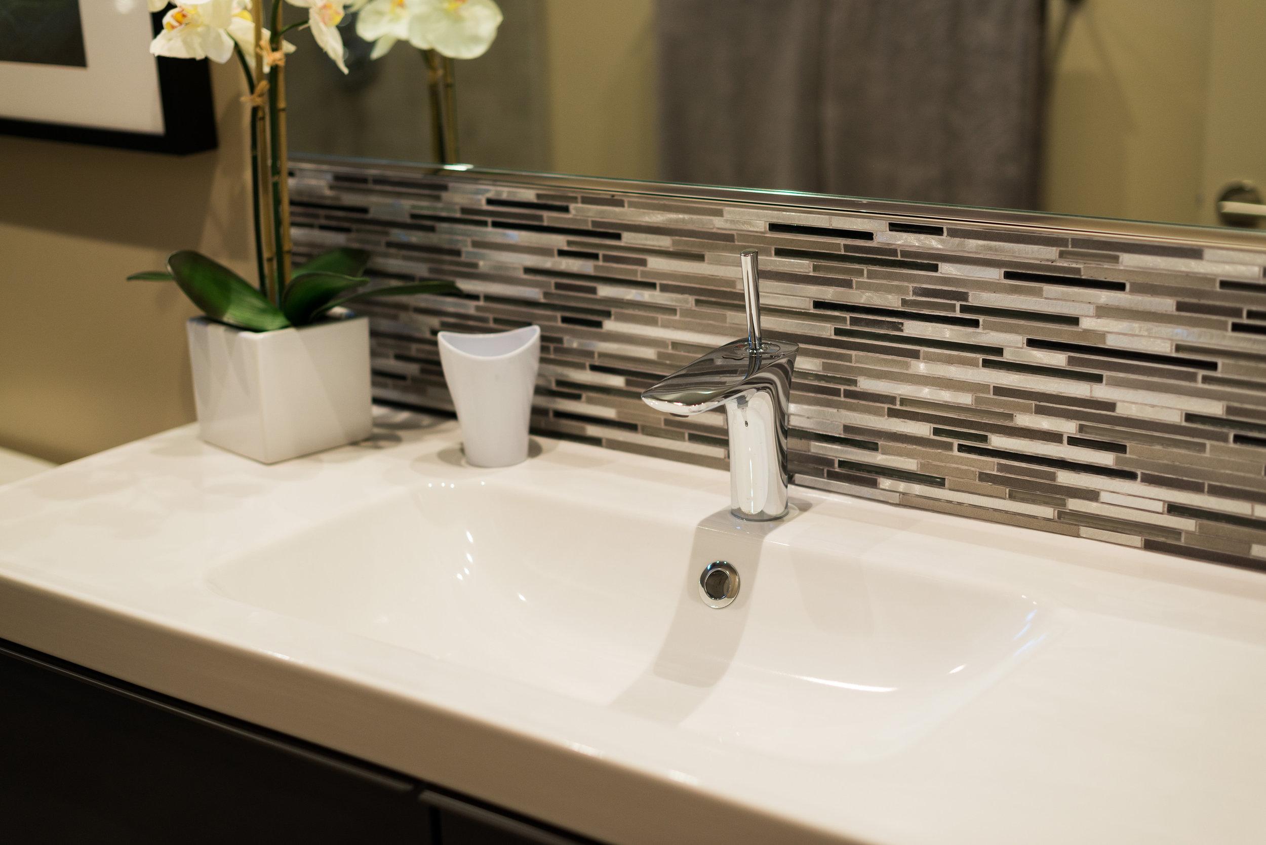 Bathroom Sink and Backsplash